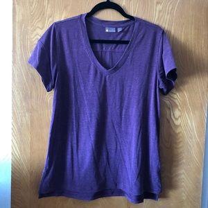 Zella purple v-neck ss tee shirt M